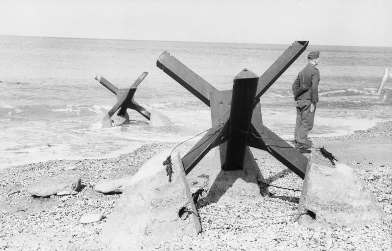 Erizos metálicos: defensas de Normandía