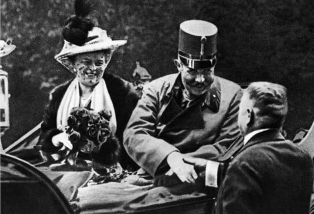 Francisco Fernando de Austria y su esposa, la duquesa Sofía Chotek