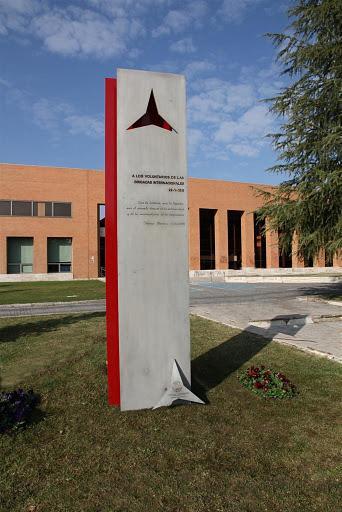 Monumento/memorial a las Brigadas Internacionales situado en la Ciudad Universitaria de Madrid (España)