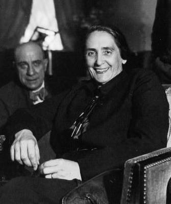 Dolores Ibárruri La pasionaria. Miembro del Partido Comunista de España. Guerra Civil Española