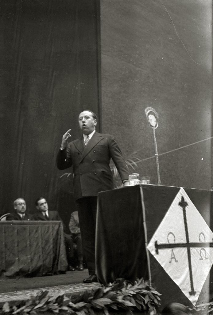 Gil Robles, líder de la CEDA. Segunda República y guerra civil española