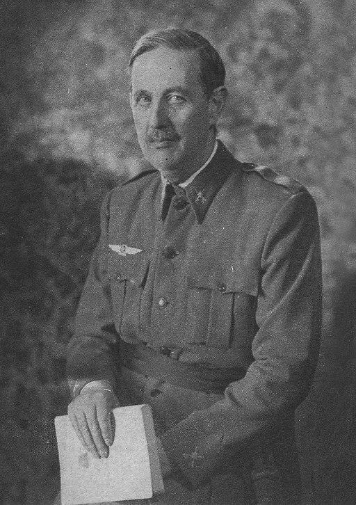 General Kindelán, jefe de las fuerzas aéreas nacionalistas en la Guerra Civil