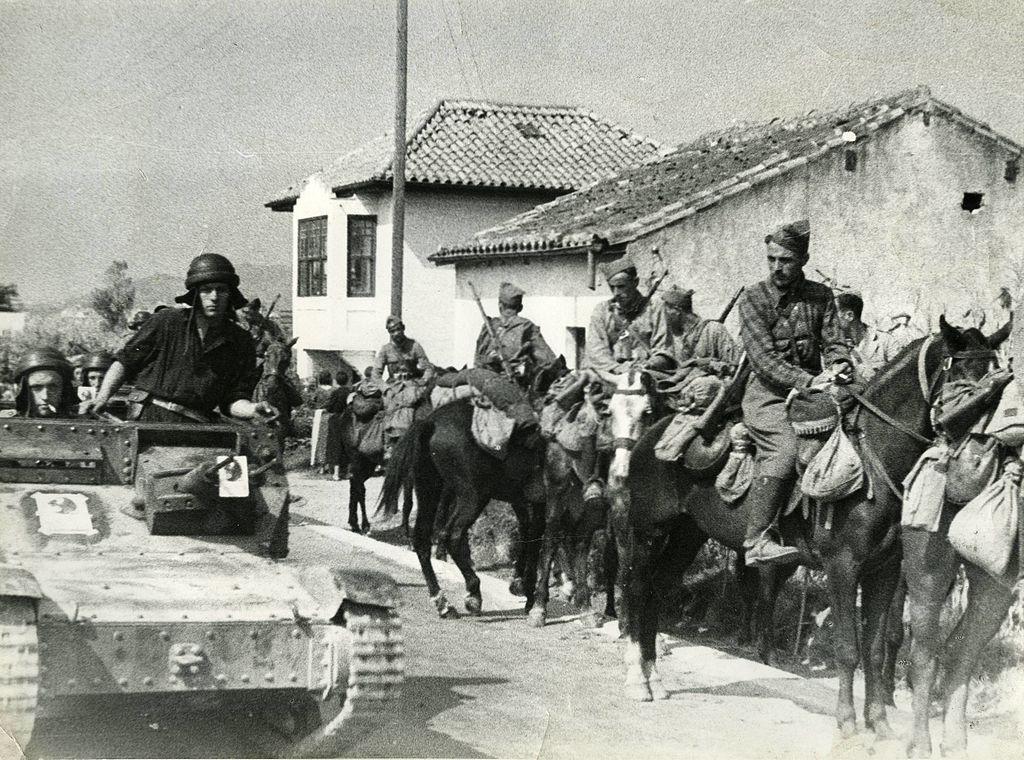 Tropas nacionalistas en la ofensiva de Aragón en la Guerra Civil de España
