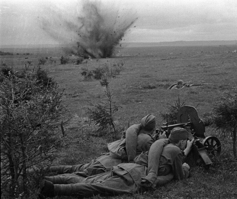 Soldados rusos luchando en la Operación Barbarroja
