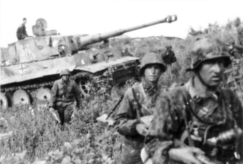 Tropas alemanas de la División Das Reich en Kursk